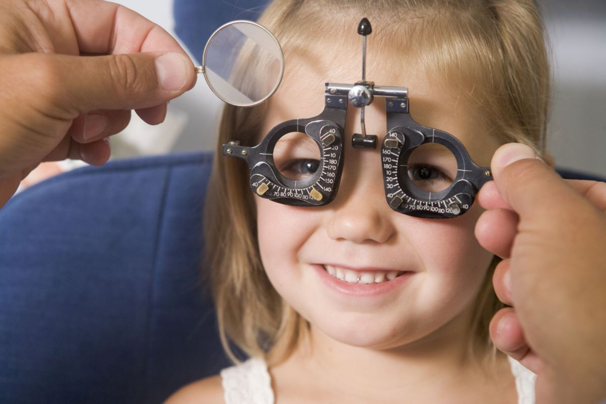 Проверь зрение ребенка перед школой!