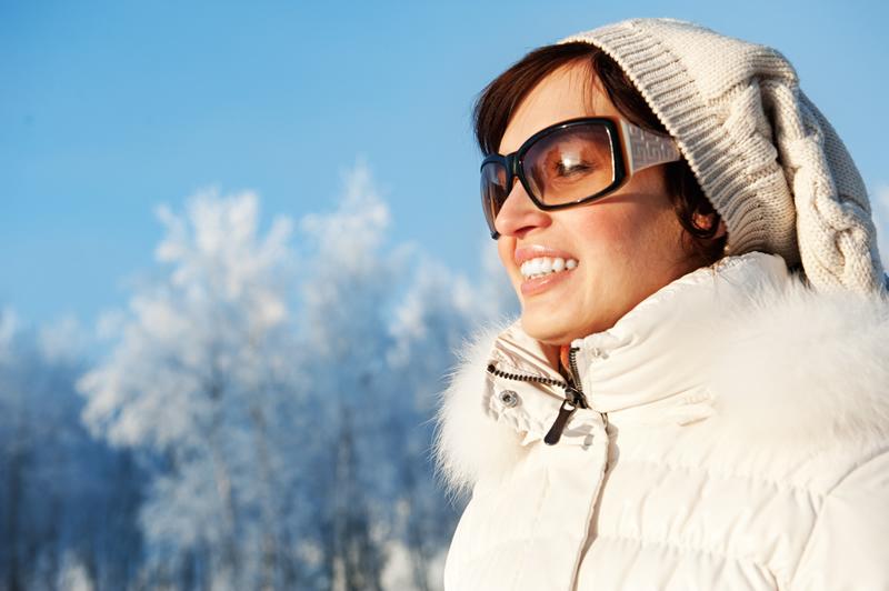 Солнцезащитные очки: от чего защищать глаза зимой?